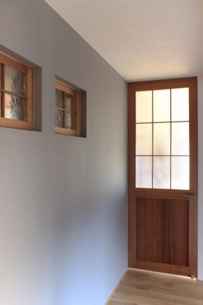 廊下 (日本家屋の平屋をアンティークにリノベ(信楽の家リノベーション))