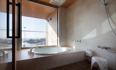 浴室|荒崎週末住居〜海・夕陽・富士山を望む家〜