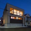 荒崎週末住居〜海・夕陽・富士山を望む家〜の写真 外観夕景