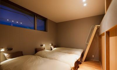荒崎週末住居〜海・夕陽・富士山を望む家〜 (寝室)