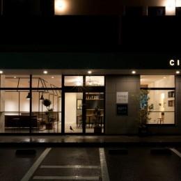 アイアンフレームを使ったオシャレなカフェ(cafe CICERO)