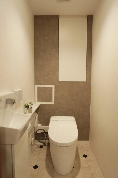 トイレ (イタリアン・カントリーが心地よい家)