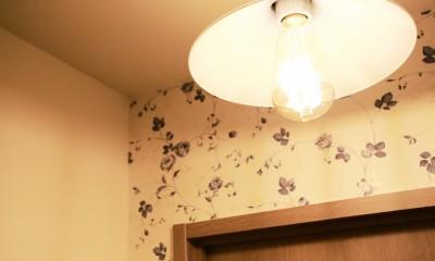 トイレ照明|好きなモノに囲まれて暮らす~ナチュラルテイストな家