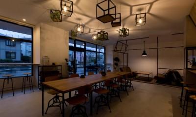 客席|アイアンフレームを使ったオシャレなカフェ(cafe CICERO)
