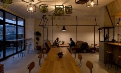 アイアンフレームを使ったオシャレなカフェ(cafe CICERO) (客席)