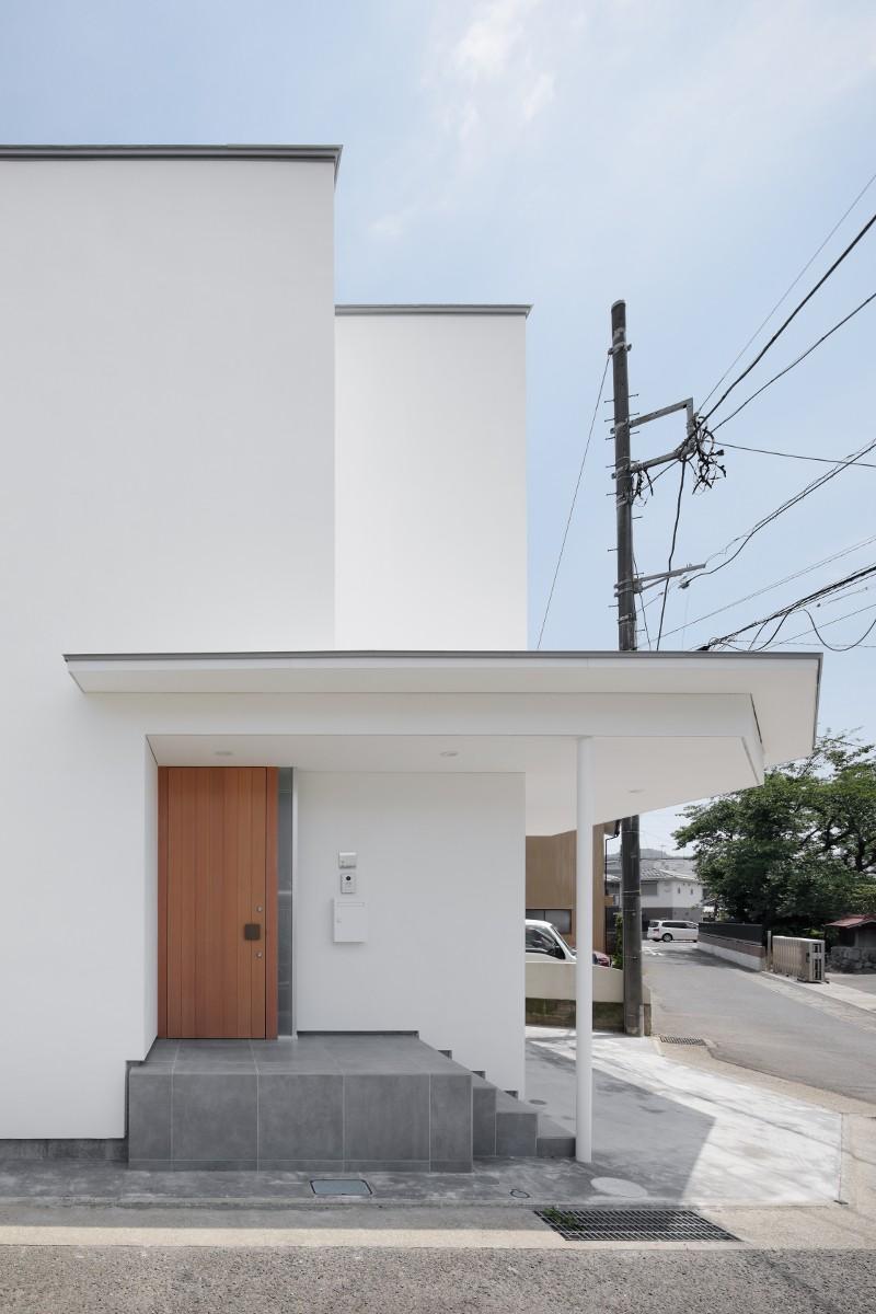 056平塚Kさんの家 (玄関ポーチ)