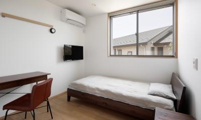 056平塚Kさんの家 (寝室)