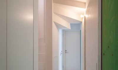 宮の坂の住宅 (廊下)