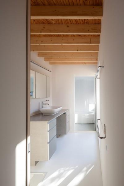 洗面・浴室 (荻窪の住宅)