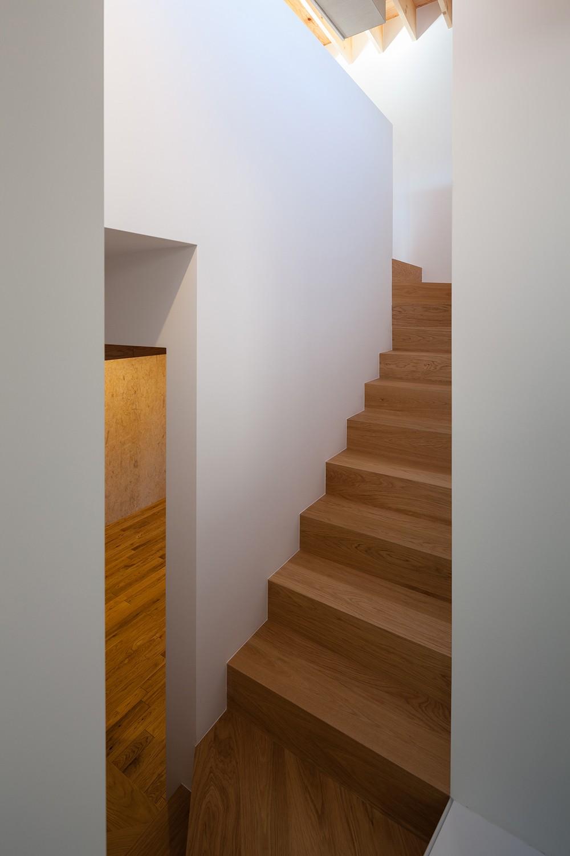 荻窪の住宅 (階段)