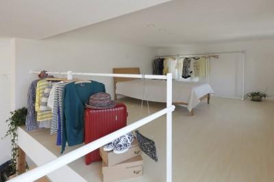 寝室 (服好きなショップのような住まい(東林口の家))