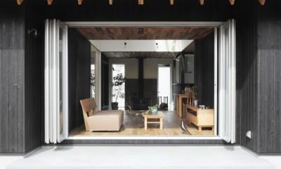 薪ストーブのある三角屋根の暮らしを楽しむ家(末広の家) (窓)