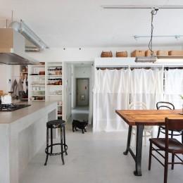 モールテックスの家 (ダイニングキッチン)