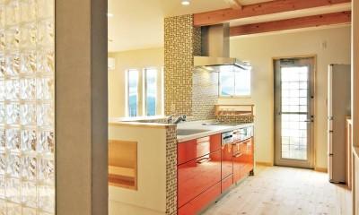 大胆な間取り変更で二世帯住宅問題を解決 (キッチン)