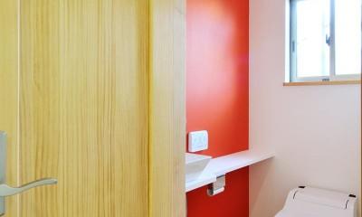 大胆な間取り変更で二世帯住宅問題を解決 (トイレ)