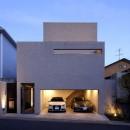 名古屋市N邸~高低差がある敷地のガレージハウスの写真 外観夜景