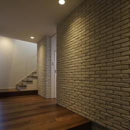 名古屋市S邸~ラグジュアリーなLDK空間があるガレージハウス (エントランスホール)
