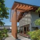 小田井の住宅の写真 北側から通りみちへのアプローチ