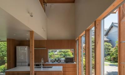 小田井の住宅 (キッチンと吹抜)