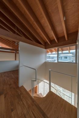 小田井の住宅 (階段上)