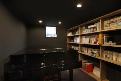 音楽室 (名古屋市H邸~STEP HOUSE)