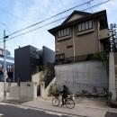 名古屋市T邸~幾つもの外部空間を内包する家の写真 南西から見た外観