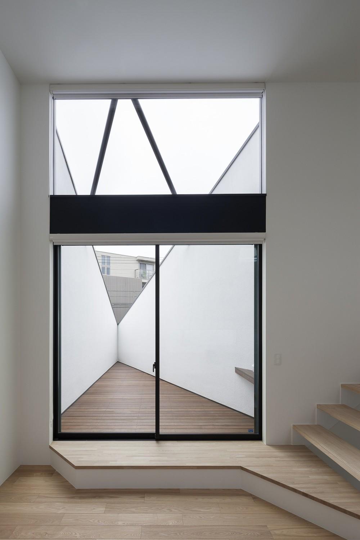 建物探訪で放送 目黒のスキップフロアの家 ハコノオウチ13 (ベランダ)