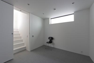 地下の主寝室 (建物探訪で放送 目黒のスキップフロアの家 ハコノオウチ13)