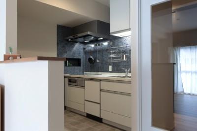 キッチン (自分らしい暮らしを形にした中古マンションリノベーション)