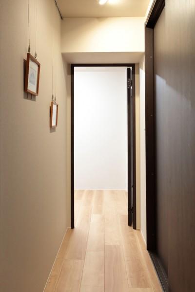 ギャラリースペース~仕事部屋 (自分らしい暮らしを形にした中古マンションリノベーション)