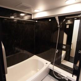 自分らしい暮らしを形にした中古マンションリノベーション (バスルーム)