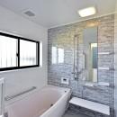 集う家(フレキシブルリビング)の写真 浴室