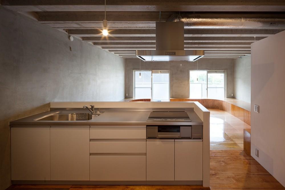 302号室 (キッチン)