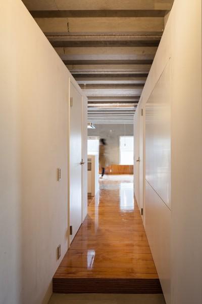 廊下 (302号室)