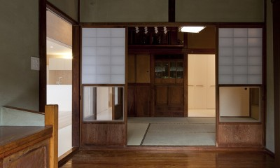 綾瀬の住宅 (玄関)