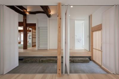 玄関 (上三川町の民家)