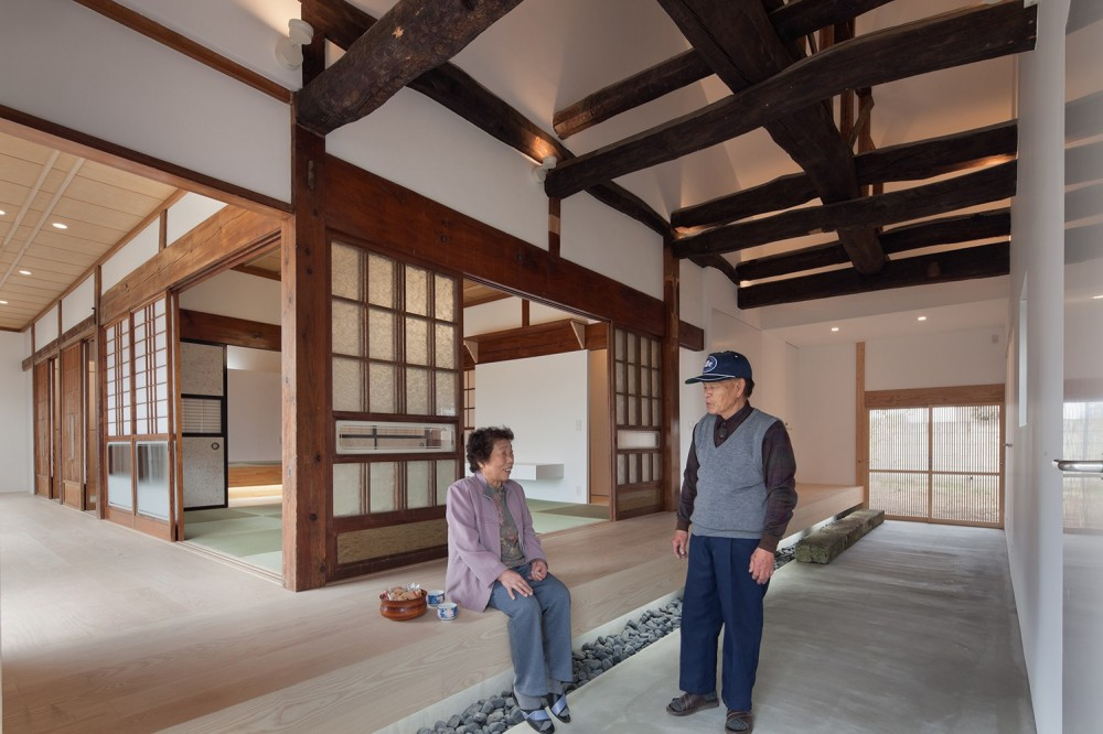 上三川町の民家 (玄関)