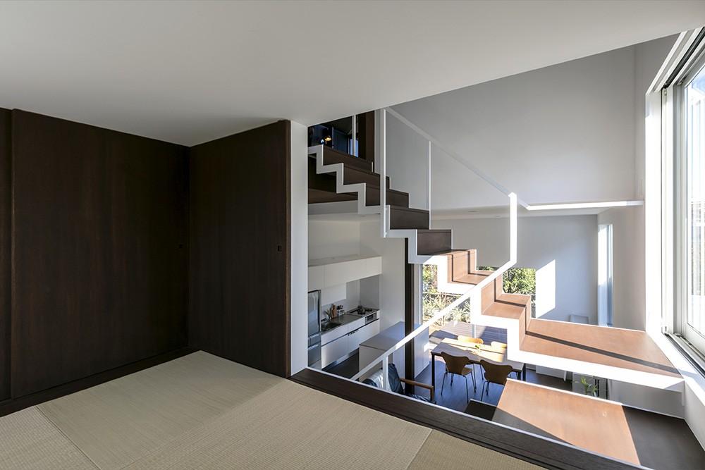 その他事例:畳のロフト(『やはぎの家』借景を楽しめるいろいろな居場所がみつかる家)