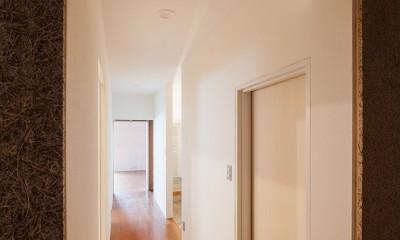 301号室 (廊下)
