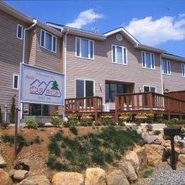 ペンション  ビスタポイント山梨県韮崎市のリゾート地に建つ、眺めの良いペンション
