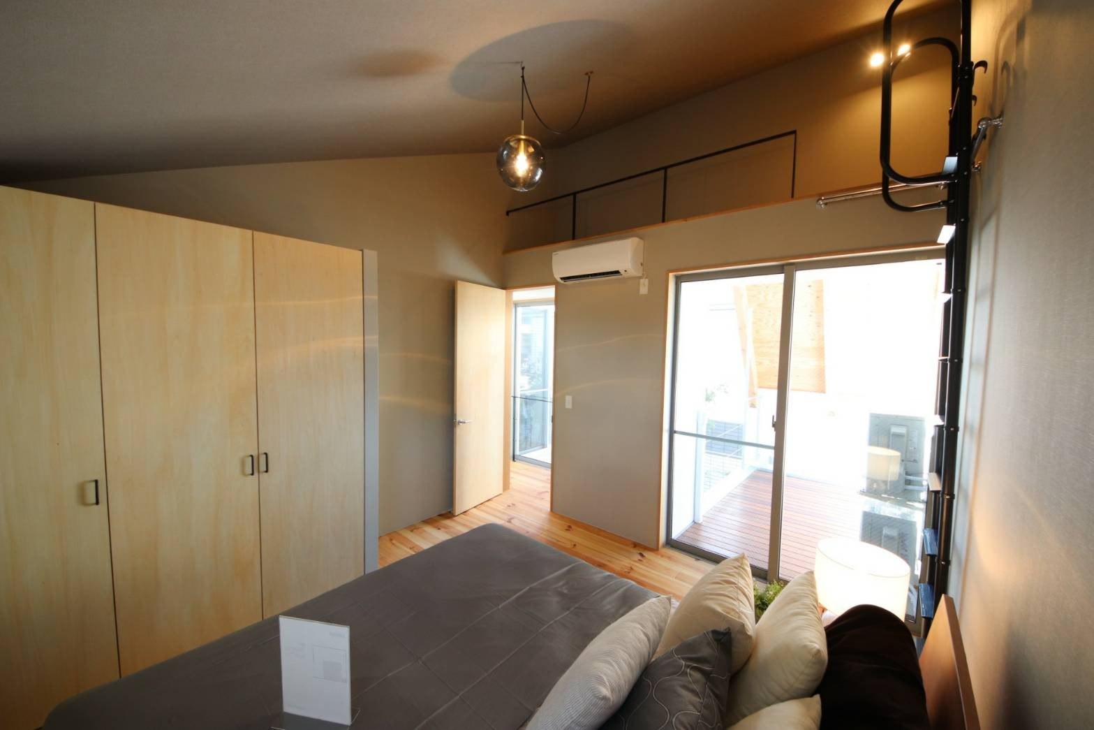 ベッドルーム事例:寝室(八尾の家(コンセプトハウス))