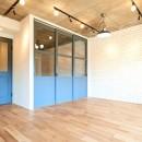 開放的で心地よい空間の写真 リビングルーム