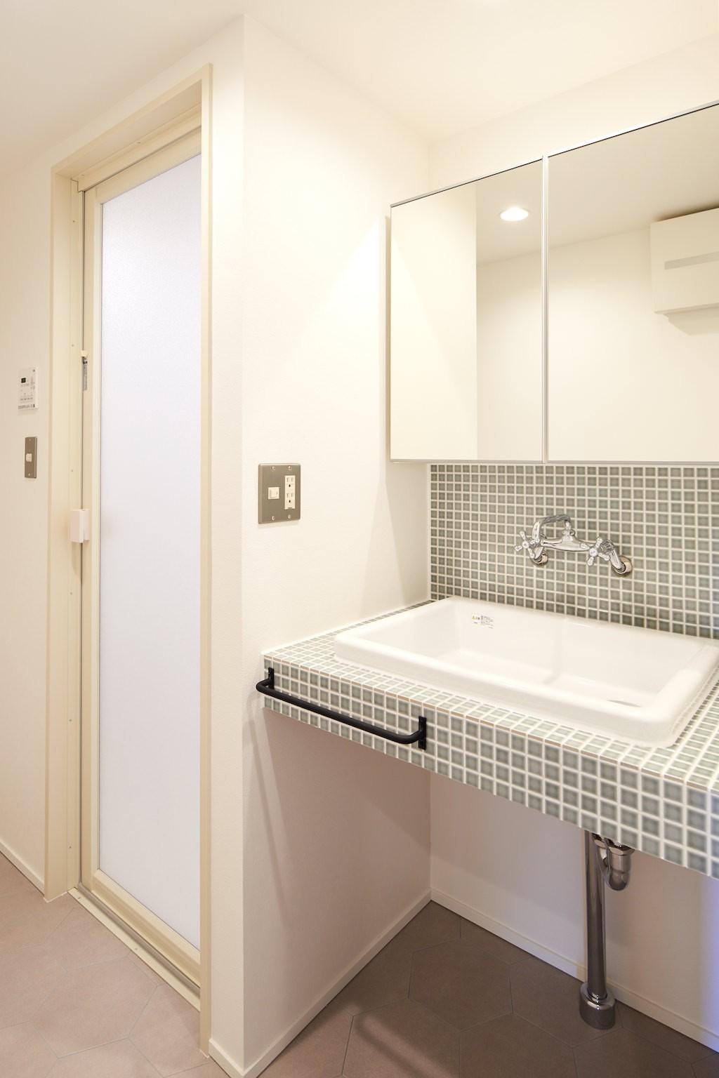 バス/トイレ事例:洗面(開放的で心地よい空間)