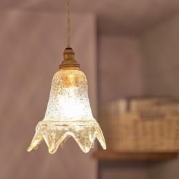 ミニマム空間を広々最大限に生かしたマンションリノベーション (照明)