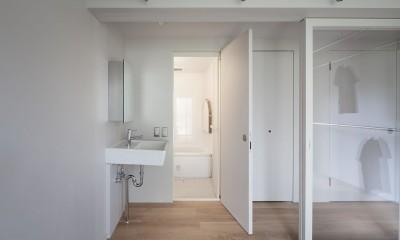 105号室 (洗面・浴室)