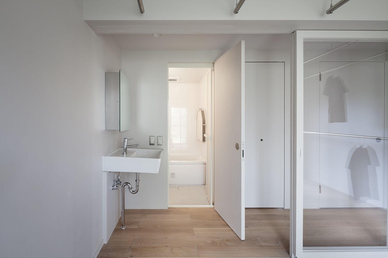 バス/トイレ事例:洗面・浴室(105号室)