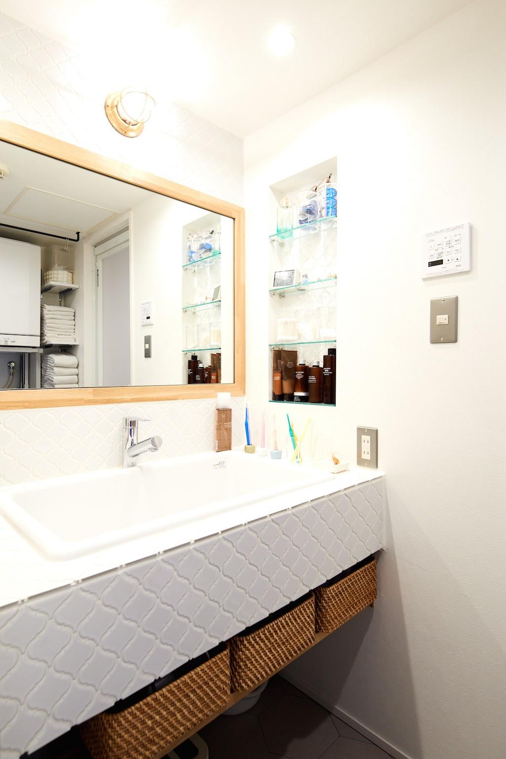 バス/トイレ事例:洗面(インダストリアル素材に囲まれ暮らす)