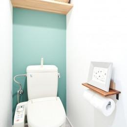シンプルに上質なお家 (トイレ)