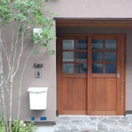 木造耐火構造の町屋 (木製玄関引戸)