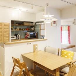 H邸-キッチンと窓でつながる子ども部屋。子育て世帯のリノベ